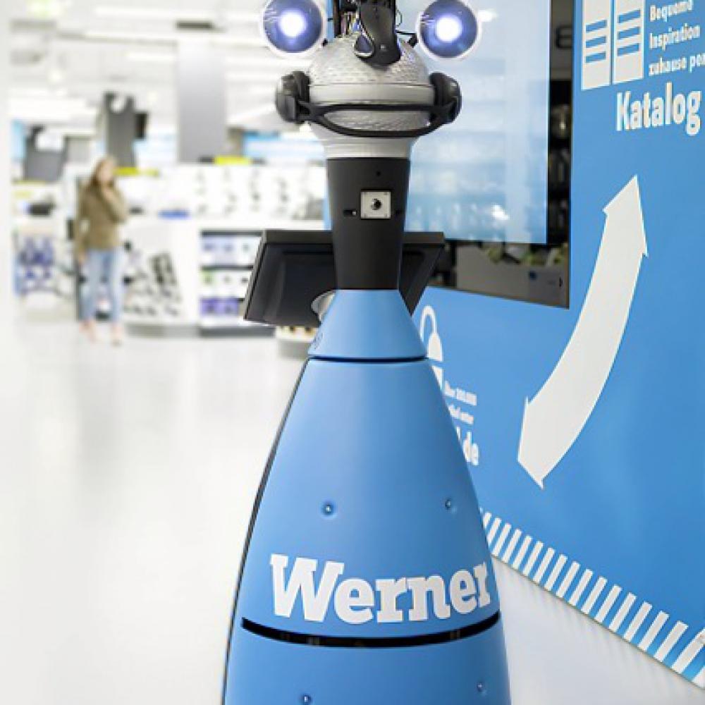 Roboter Werner von MetraLabs im Conrad